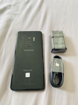 Samsung galaxy S9 plus black 64gb factory unlocked (firm price) for Sale in Davie, FL