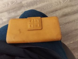 Givenchy Wallet for Sale in Orange,  CA