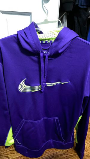 Nike Therma Fit Hoodie for Sale in Queens, NY