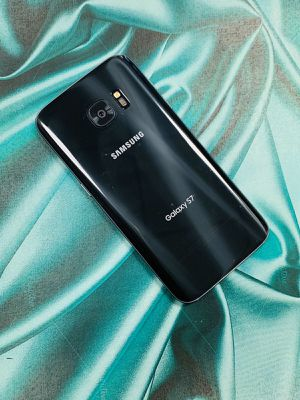 Samsung galaxy s7 32gb unlocked each phone for Sale in Malden, MA