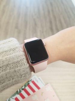 Apple Watch Series 2 38mm rose for Sale in Renton,  WA