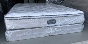 BRAND NEW cal king pillow top Simmons Beautyrest for Sale in Modesto, CA