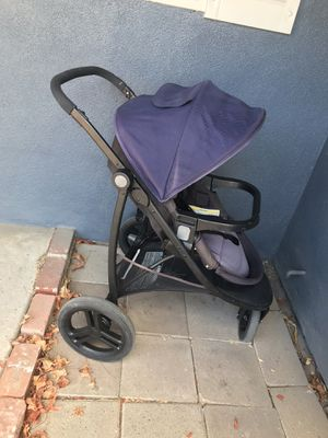 Graco Stroller! (Works with Snugride Snuglock car seats) for Sale in Modesto, CA