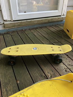 Skate board excellent condition from Thuro in Brookline for Sale in Brookline, MA