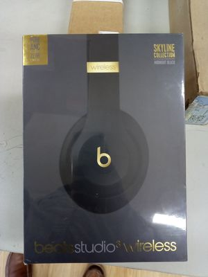BEATS STUDIO3 WIRELESS NOISE CANCELING OVER-EAR HEADPHONES - MIDNIGHT BLACK for Sale in MONTGOMRY VLG, MD