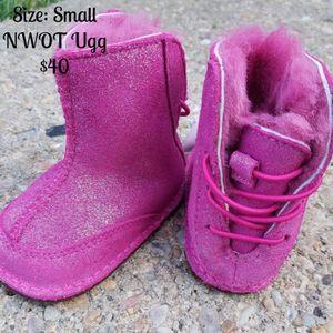 Toddler Ugg for Sale in Silver Spring, MD