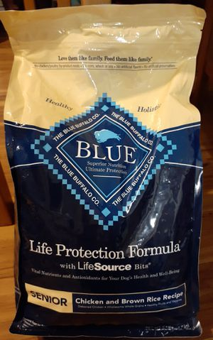 NEW Sealed 6 lb Blue Senior Chicken & Brown Rice Life Protection Formula Dry Dog Food-Expires 2/1/2021 for Sale in Chandler, AZ