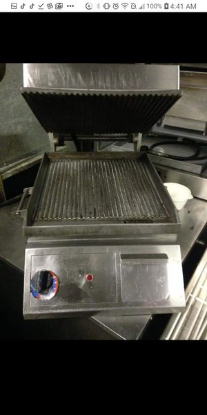Panini heater for Sale in Chicago, IL