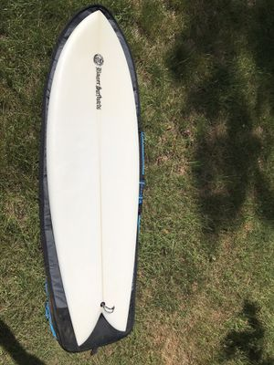 "Fish surfboard w/fins, 5'5"" x 20.25"" x 2.31"" for Sale in Redmond, WA"