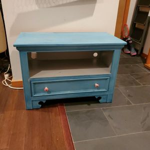 Cute lil' cabinet for Sale in Seattle, WA