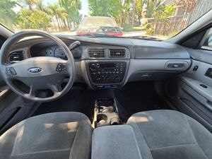 Ford, taurus for Sale in Montclair, CA