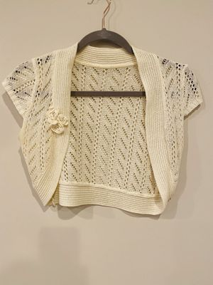 White offwhite crochet coverup crop shawl top for Sale in Aspen Hill, MD