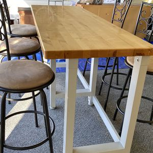 Large strong heavy bar table with six barstools for Sale in Tacoma, WA