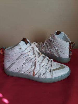 Men's Nike Kd Hightop Size 9.5 for Sale in Marietta, GA