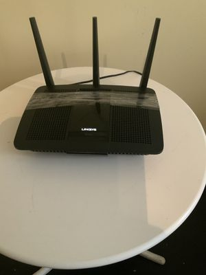 LINKSYS WIRELESS ROUTER for Sale in Chicago, IL