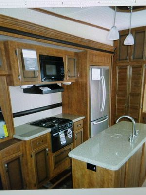 2016 5th wheel Crossroads Reserve 32 IKR for Sale in Peoria, IL