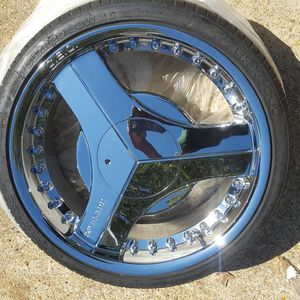 Just (1) Brand BLADE, SIZE 20in. Never installed, tire full of thread. for Sale in Alexandria, LA