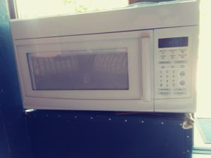 Microwave / over the stove fan for Sale in Portland, OR