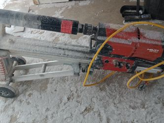 Hilti 120 Volt Did 250 BL 4 Sleep Coring Ring Plate With Motor,, Drill Stand, Wheels Adapter,Vac Base Plate And Jack Screw for Sale in San Angelo,  TX