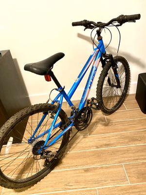 Alpine Women's/ Girls Bike 24 inch! Used for Sale in Miami, FL