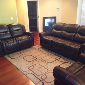 Leather Fully Reclining Three Piece Sofa Set for Sale in Tacoma, WA