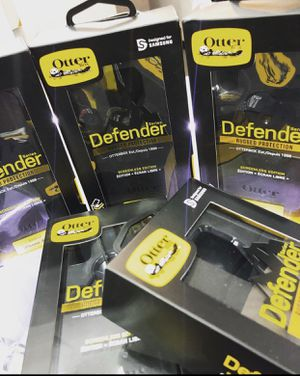 Defender Auto box New for all IPhones and Samsung phones for Sale in Columbus, OH
