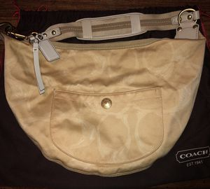 Coach Purse Hobo Bag for Sale in Roselle Park, NJ