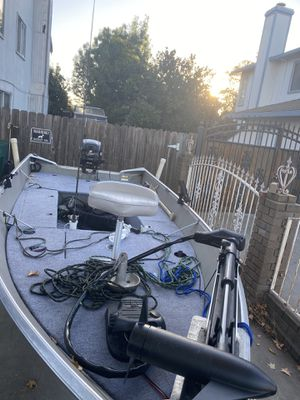 I'm selling my 14 foot Gregor with a 20 hp Mercury 2010 motor it's like a bass boat everything I love department for 4500 or best offer for Sale in Stockton, CA