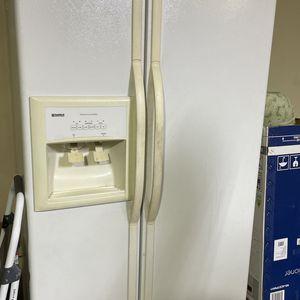 Refrigerator Kenmore for Sale in Carmichael, CA