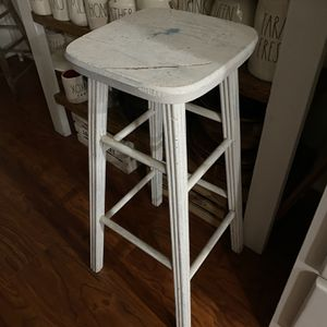 Farmhouse: White Distressed Wooden Stool for Sale in Fontana, CA