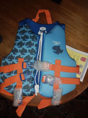 speedo life jacket for kids 39 to 50 pounds for Sale in Morgan Hill, CA