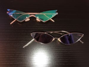 Fashion nova sunglasses for Sale in Orange Cove, CA