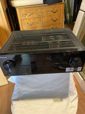 Almost new Pioneer Receiver with remote for Sale in Pico Rivera, CA