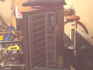 Earth CMX-7 700 watt soundboard with 2 Shure vocal master speakers for Sale in Newark, OH