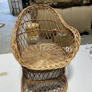 Vintage Wicker Doll Chair for Sale in Santa Rosa, CA