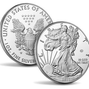 End of World War II 75th Anniversary American Eagle Silver Proof Coin for Sale in The Bronx, NY