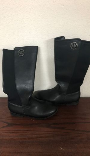 Michael kors emma Lilly leather boots for Sale in Plano, TX