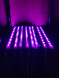 Indoor Plant Grow Lights With Double Sided Tape And Surge Bar for Sale in Aurora,  CO