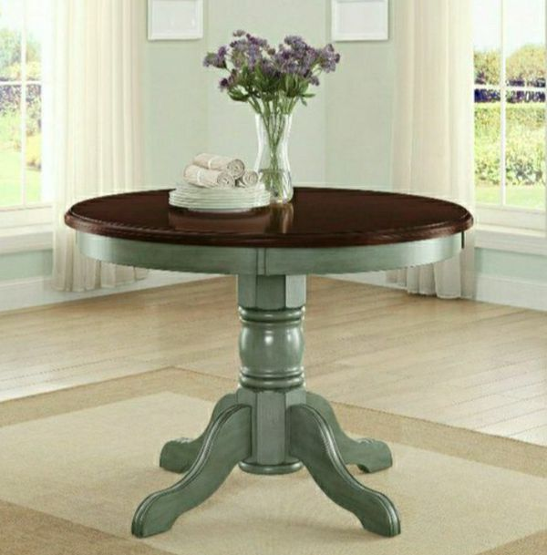 ☘AVAİLABLE🌴🌴🍂Better Homes and Gardens Cambridge Place Dining Table