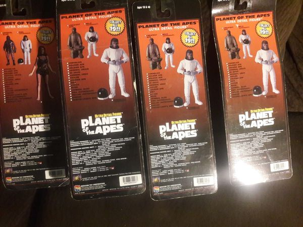 MEDICOM ULTRA DETAIL PLANET OF THE APES FIGURES