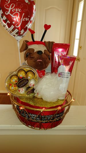 Valentine's Day Gift Basket for Sale in Fort Washington, MD
