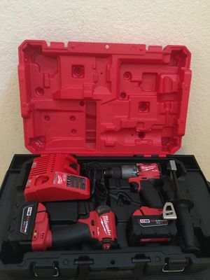 MILWAUKEE M18 FUEL BRUSHLESS HAMMER DRILL/ IMPACT DRIVER KIT (2) BATTERIES/ CHARGER for Sale in Spring, TX