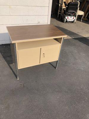 Vintage metal cabinet for Sale in Arcadia, CA