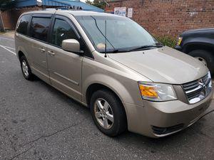 2008 Dodge grand caravan for Sale in Philadelphia, PA