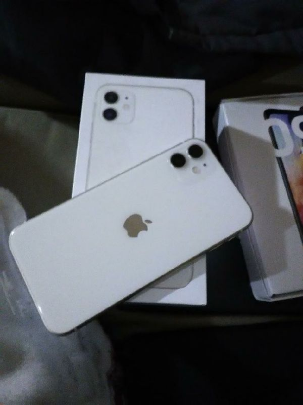 Iphone 11 brand new Sprint Carrier in Box