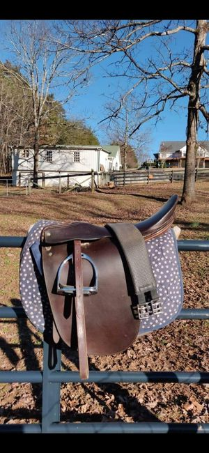 Saddleseat Saddle for Sale in Cleveland, GA