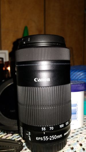 Canon Lens 55-250mm for Sale in Enumclaw, WA