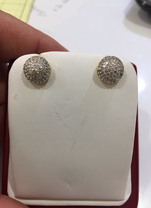 Diamond earrings 10KY for Sale in Plano, TX