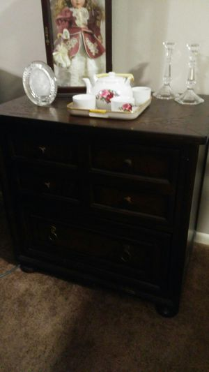 King Arthur File Cabinet for Sale in Pineville, LA