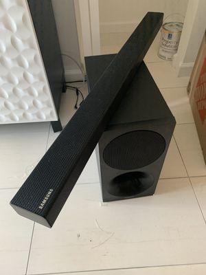 SAMSUNG 2.1 Channel Soundbar System - HW-MM45 for Sale in Hialeah, FL